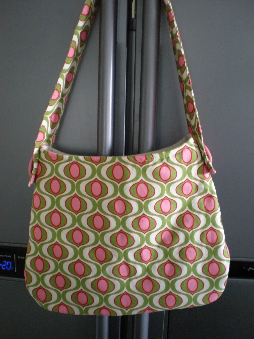 Patterns For Purses : Antmee: Simple pattern + great fabric = gorgeous bag!