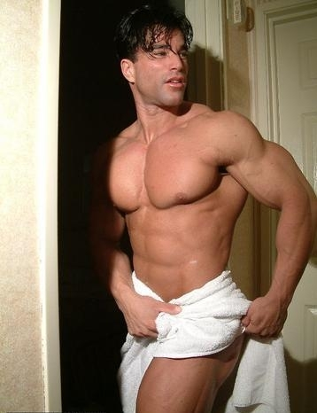 naked male bodybuilders