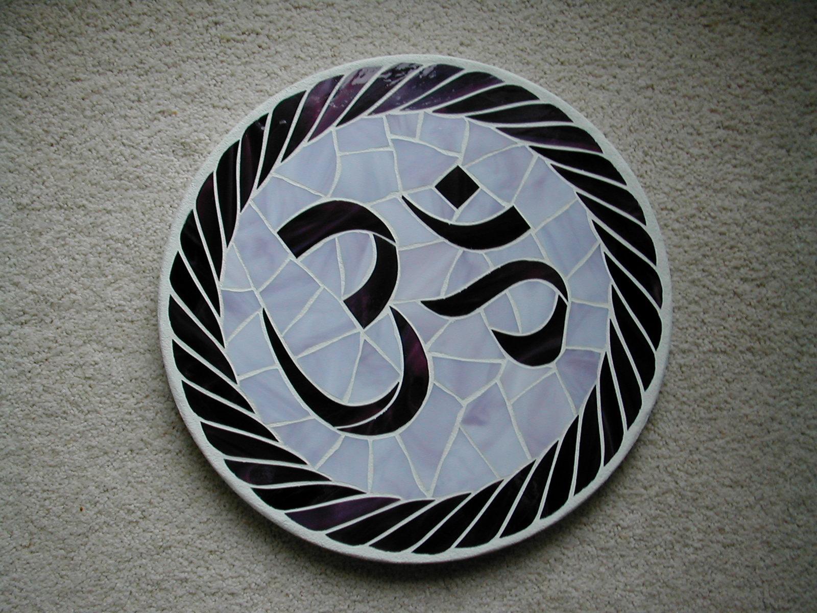 http://3.bp.blogspot.com/_3UGRITHCVIE/S8IAr-kjF-I/AAAAAAAACdE/wLICnz5VuYk/s1600/om-wallpaper-11.jpg