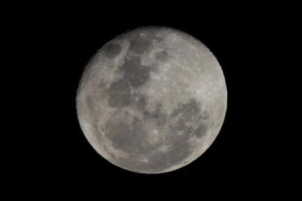 eL uNIVERSO - Página 3 Luna