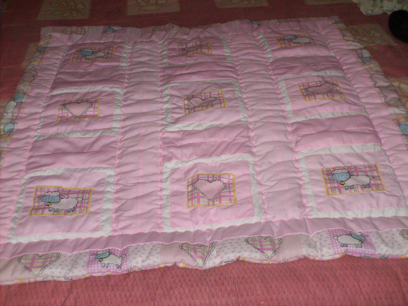 CREACIONES AMAR: Acolchado en patchwork para niña
