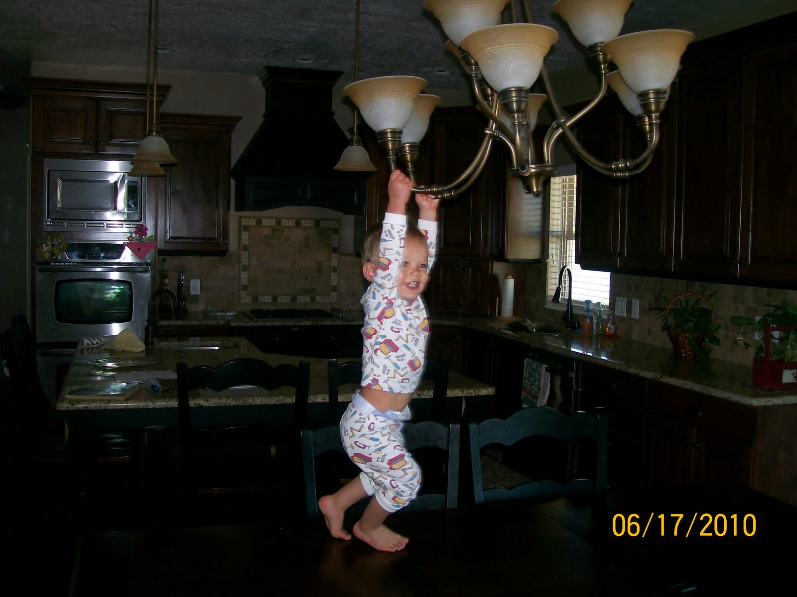Shanell knudsen swinging from chandeliers we caught him literally swinging from the chandelier this morningfunniest thing ive ever seen arubaitofo Choice Image
