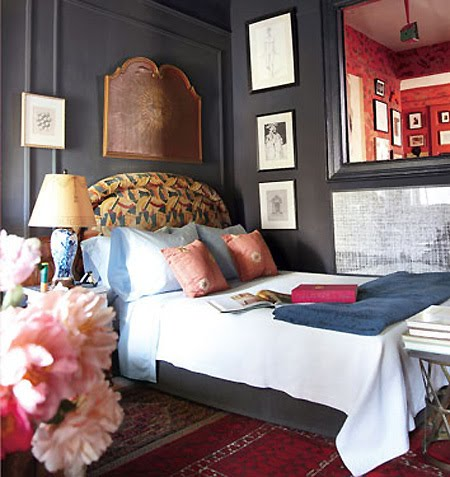 The lovely side gray walls lovely for Dramatic beds
