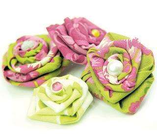 Вариантов создания цветов из ткани - масса.  Мастер-класс текстильного...