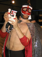 El Generico With HIs Little Friend