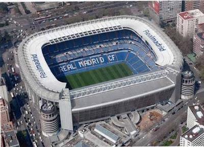 Los Estadios Estadio_santiago_bernabeu_2