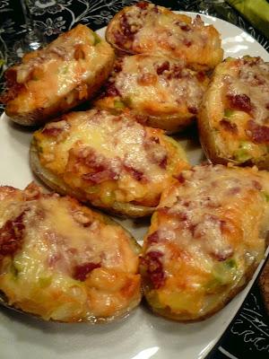 Bakpotatis fyllda med sötpotatis,lök och bacon