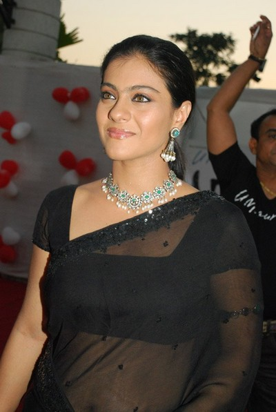 Kajol Hot Clevage Photos