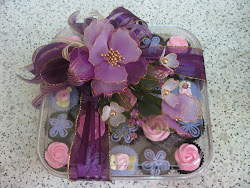 mini petit cuppies in a special gift box