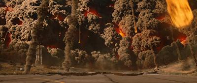 Кадр из фильма 2012: извержение вулкана