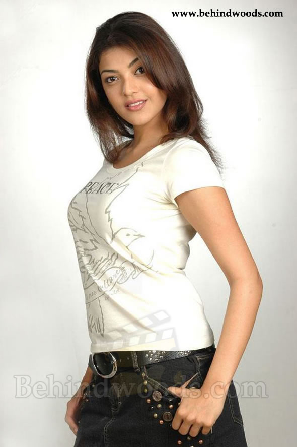 HOT ACTRESS KAJAL AGARWAL  PICTURES