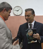 Paulino Rivero, presidente del Gobierno de Canarias, última adquisición de la dictadura de los Castro