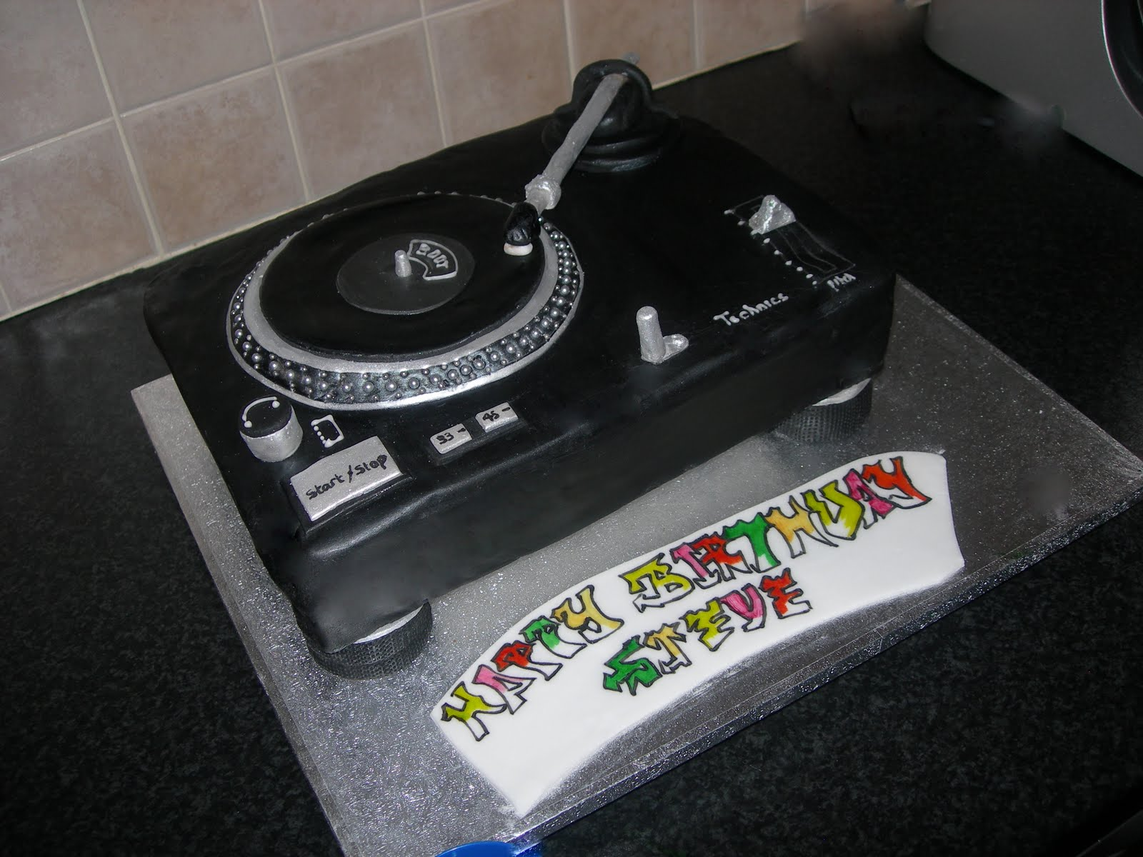 How To Make A Cake Turntable