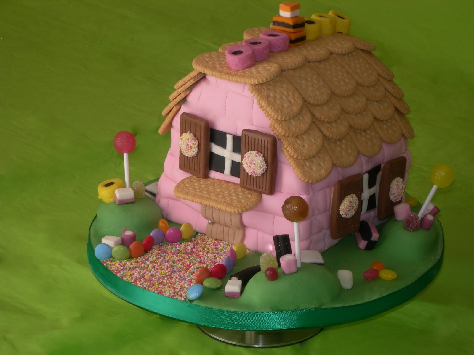 House design cake - 32 Best House Cakes Images On Pinterest House Cake Creative