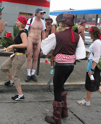 Exhibitionist Brucie,CFNM, flasher, Bay to Breakers