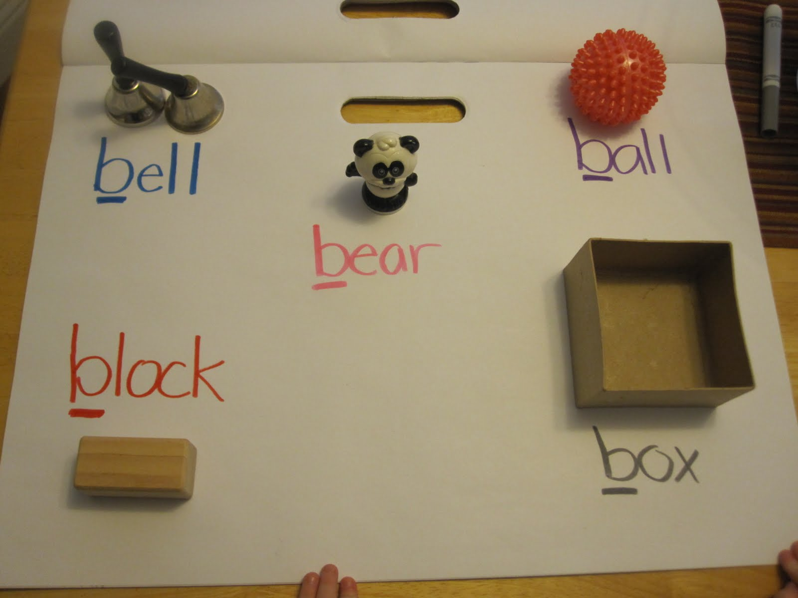 Objects Starts with Letter O http://www.toddlerapproved.com/2011/01/letter-b-hunt-and-memory-practice-game.html