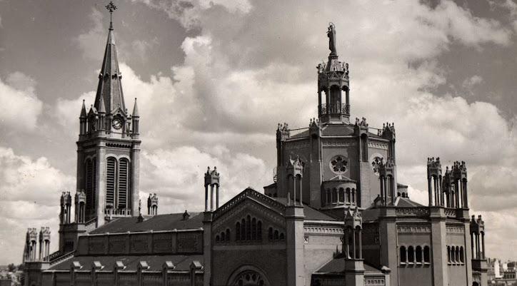 Basílica de María Auxiliadora y San Carlos