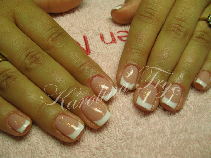 Beautiful Nail Art: Natural nails uv gel overlay - french