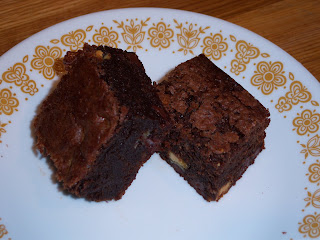 The Delicious Cook: Double Chocolate Chunk Brownies