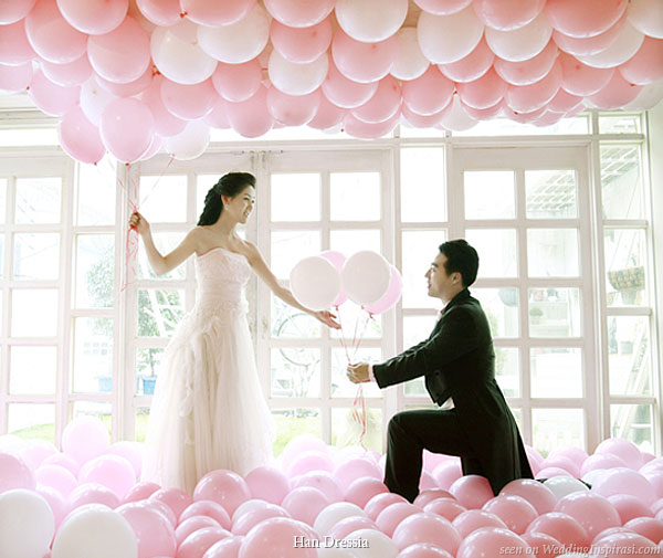 You can decorate your wedding with balloon themes Balloons are a fantastic