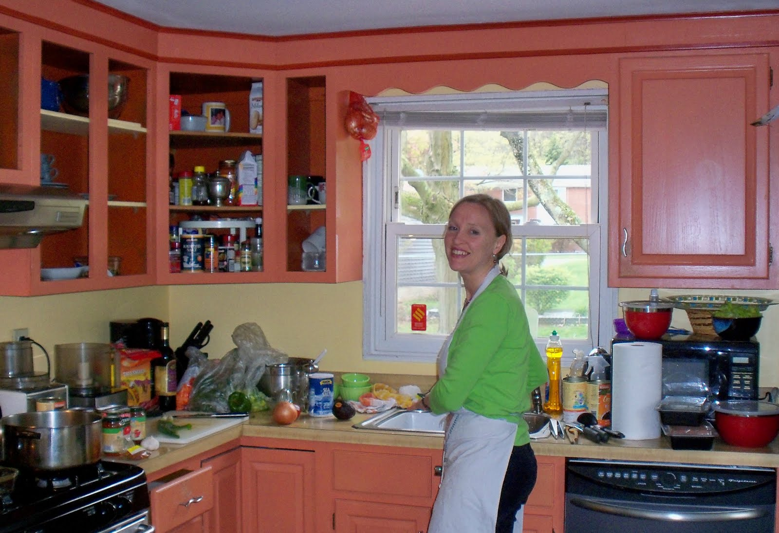 Well on wheels the traveling vegan chef mia 39 s mexican for Mexican themed kitchen ideas
