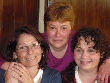 ADRIANA,ANAMÁ Y SANDRA.