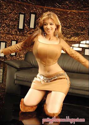 Ayesha Takia big boob