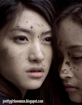 beautiful chinese football girls cry