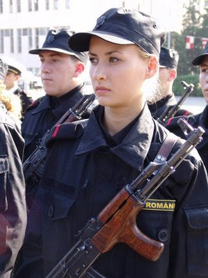 girls and guns 40