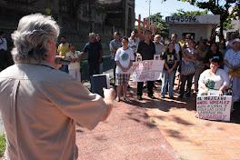 Manifestacion frente al Canal 9 en contra de la persecucion sindical
