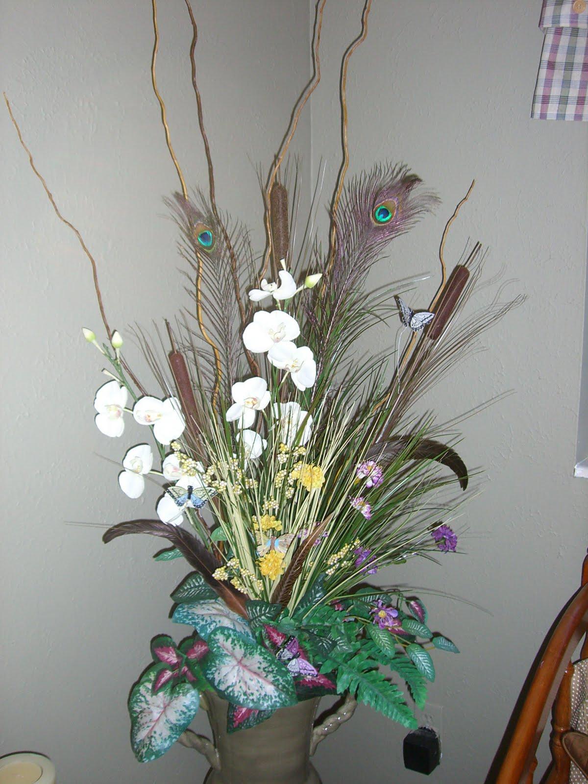 Farmers Heart in an Urban setting dry flower arrangements