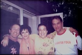 Eu e Sabrina Tacconi, pioneiras do Yoga do Riso em Lisboa