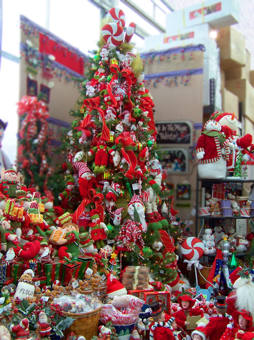 finest hereus your traditional red and green with snowmen elves uamp candycanes so cute with elf christmas tree