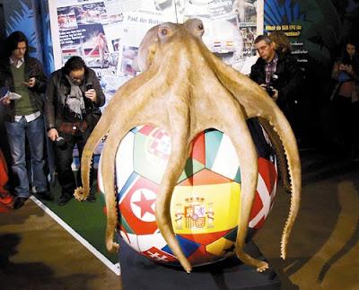 章魚哥 保羅 紀念雕像