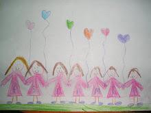 Gracias Hija!!! cuantas amigas tenes.... Cada una... tiene la inicial del nombre en el vestido....