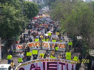 MARCHA EN CONTRA DEL IETU
