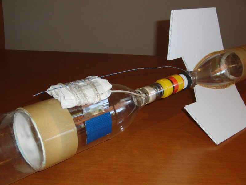 how to build a water rocket with a parachute