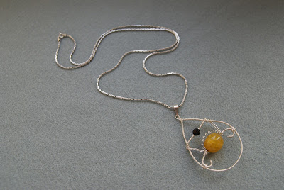 Wisior wire wrapping