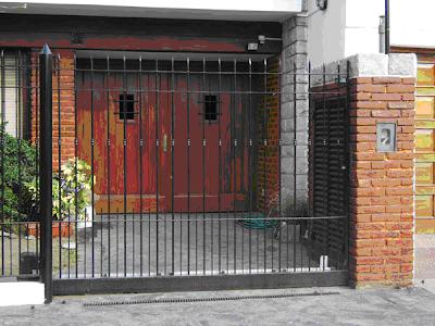 Soldaelect soldaelect servios de metal y madera for Garajes automaticos