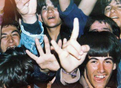yeah αγρινιο 1988 - οι φαν
