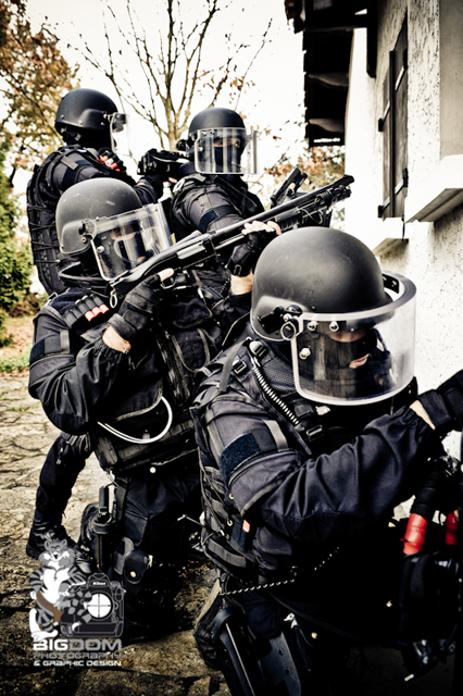 BIGDOMPHOTO'S Blog - military and law enforcement photography: 12/2010