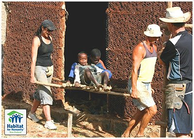 Eucalyptus as framing and building material in refugee camps of Ethiopia