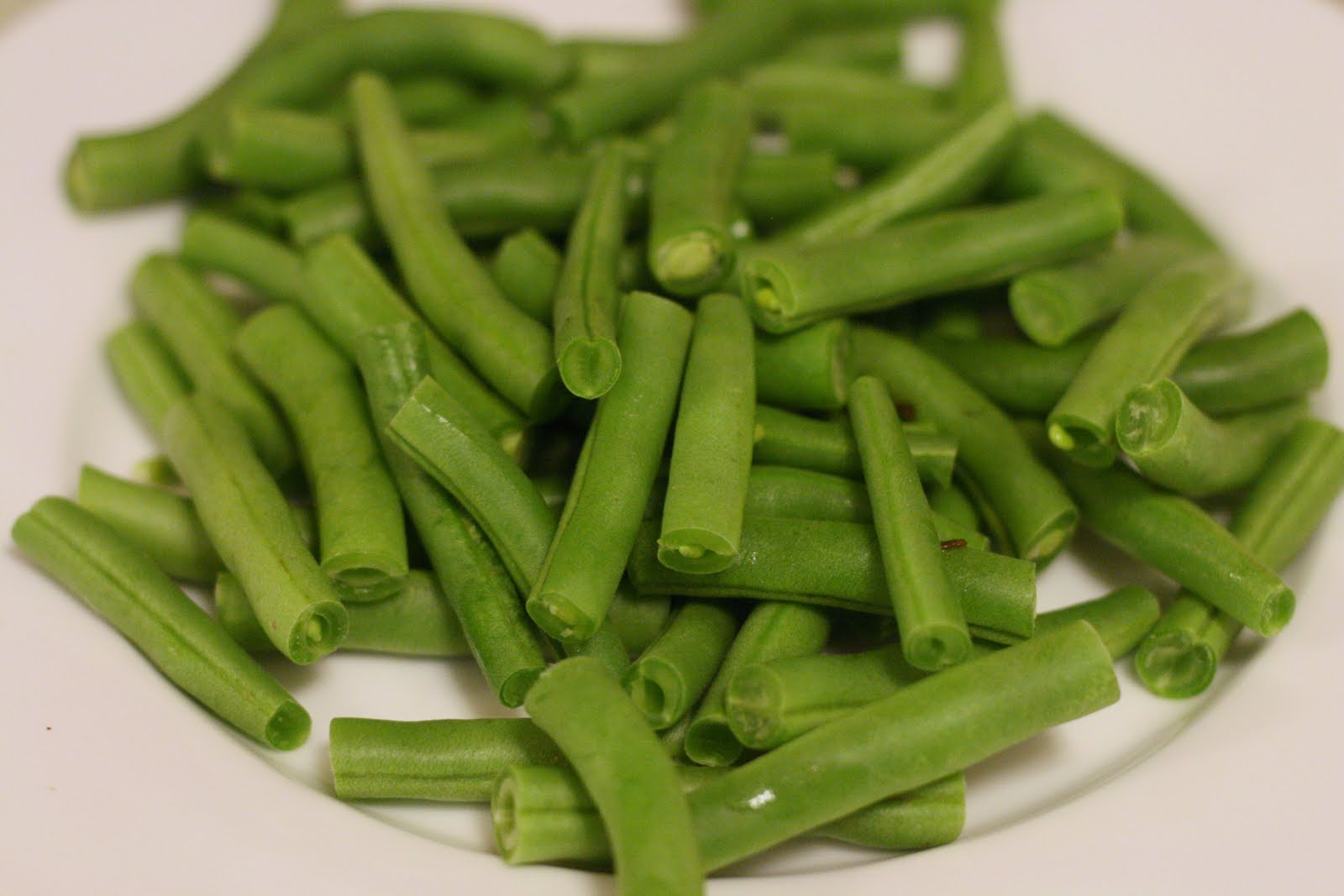 Laine's Recipe Box: Ginger Garlic Green Beans