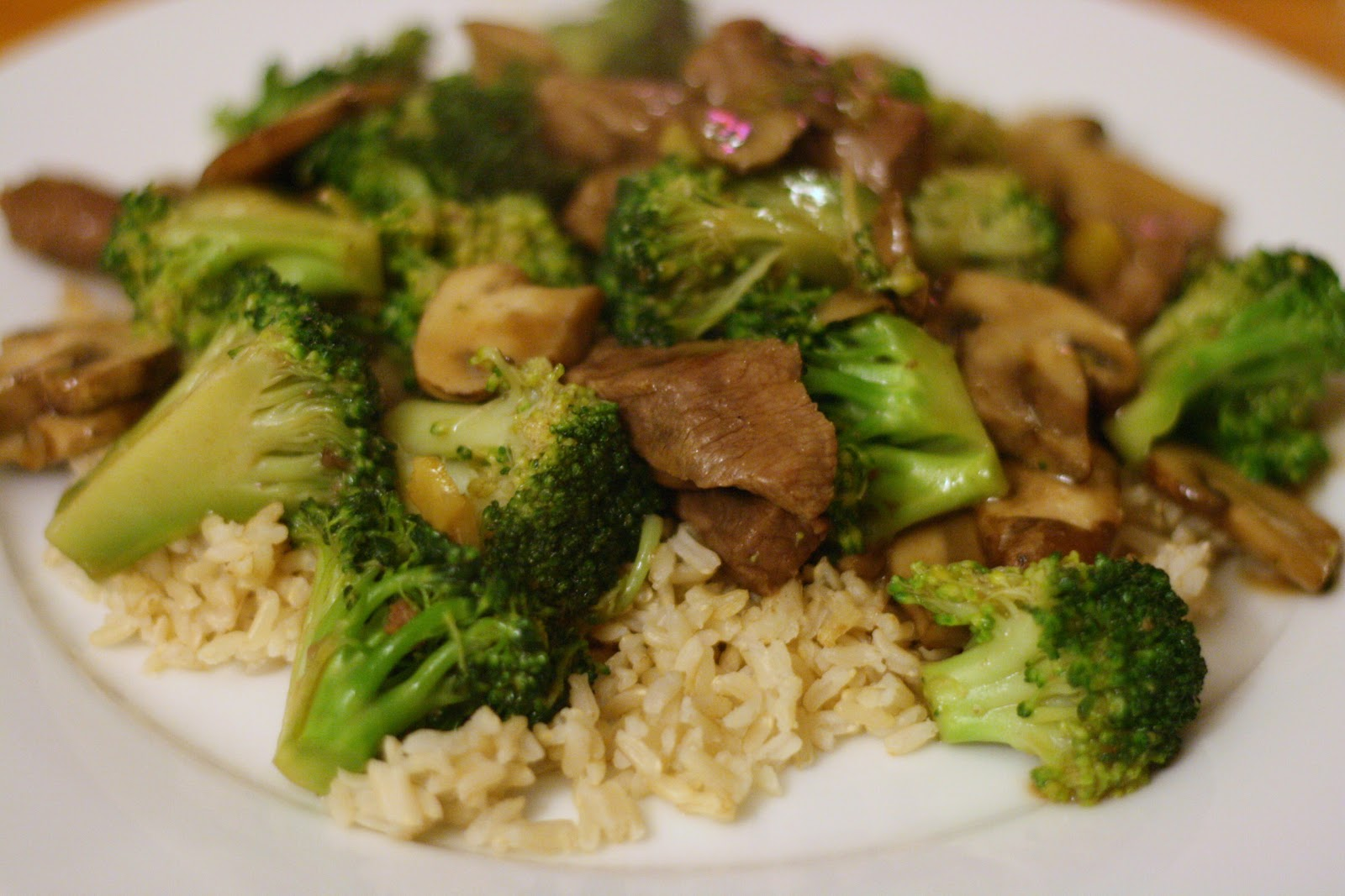 Laine's Recipe Box: Beef, Mushroom, and Broccoli Stir-Fry