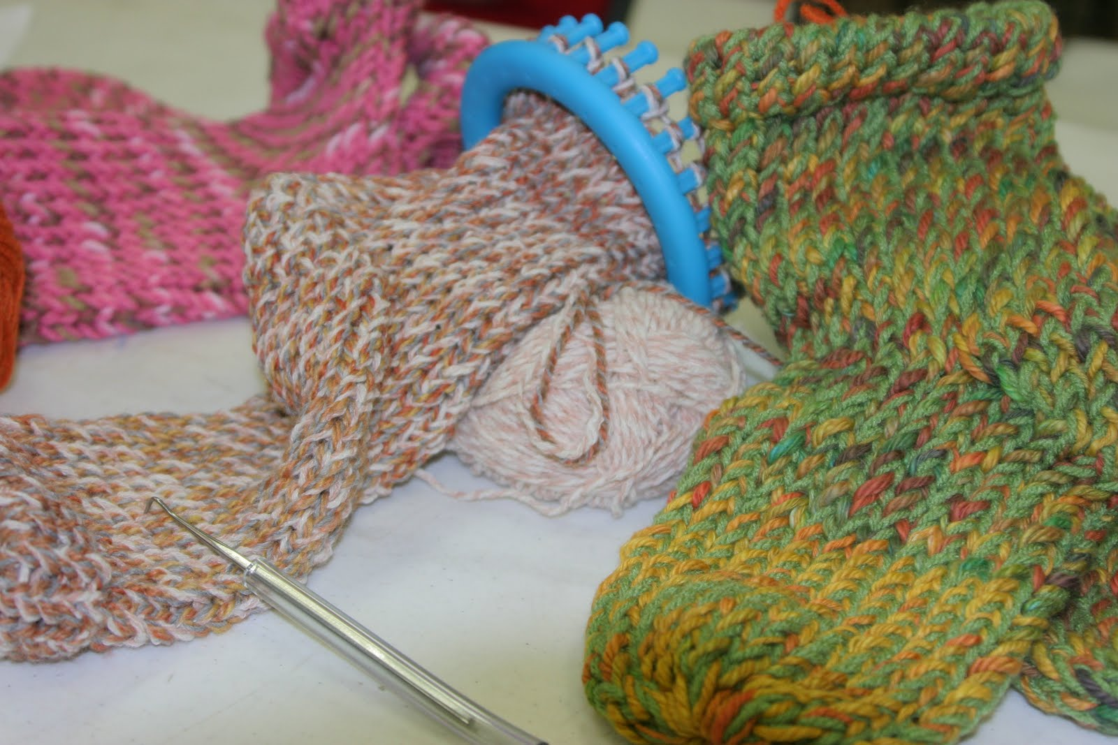 Knitting Socks On A Loom : Loom knitting knews sock it to me