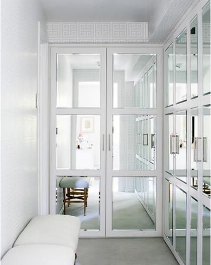 http://3.bp.blogspot.com/_3vSgWiGbSdo/TGQ1EjAKuYI/AAAAAAAAC5U/ERCPgWoI05Y/s1600/mirror+doors.jpg