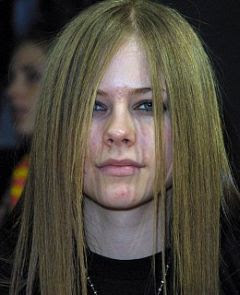 Avril Lavigne without make-up picture