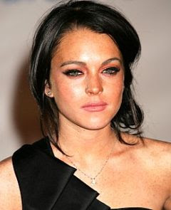 Lindsay Lohan with make-up picture