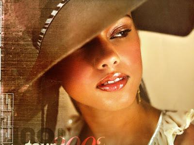 captivating Alicia Keys<br />