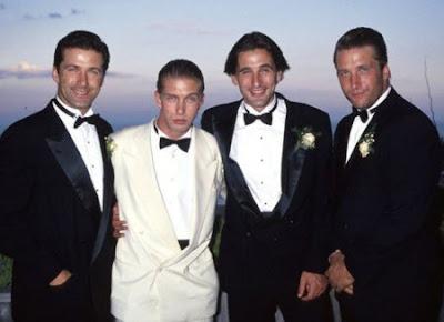 Los famosos y sus hermanos